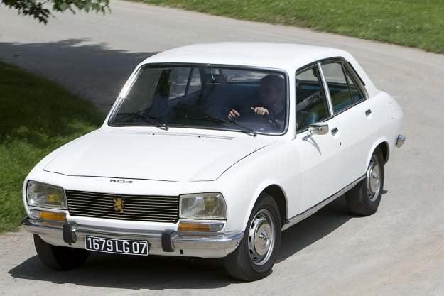 Peugeot 504 /