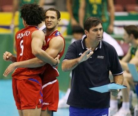 Philippe Blain (z prawej), trener reprezentacji Francji. /AFP