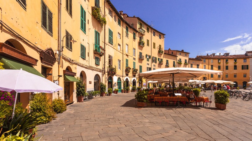 Piazza Anfiteatro, Lukka, Toskania /©123RF/PICSEL