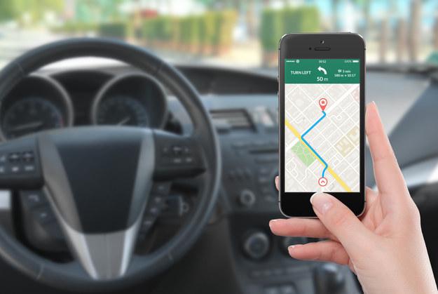 Pięć aplikacji ułatwiających życie kierowcom /materiały promocyjne