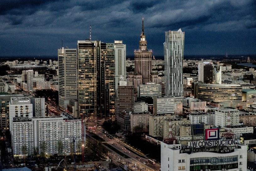 Pięć osób zostało aresztowanych w związku z afera reprywatyzacyjną w Warszawie /Marek Kowalczyk/ /Reporter