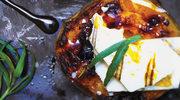 Pieczona brzoskwinia z miodem i orzechem włoskim