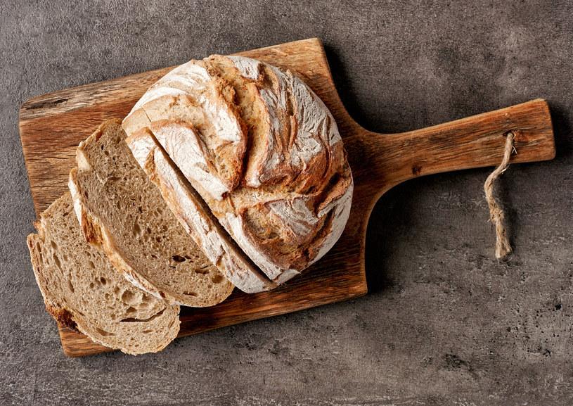 Pieczywo najlepiej przechowywać w temperaturze pokowej /©123RF/PICSEL