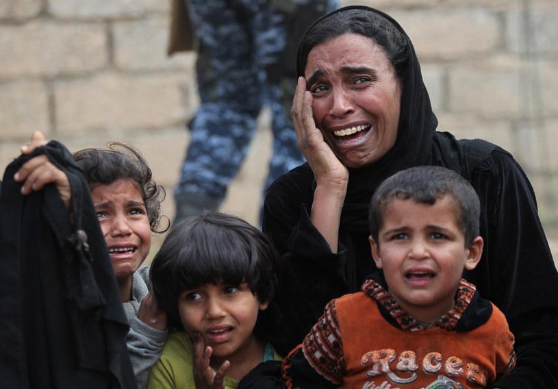 Piekło Mosulu: Wyścig ze śmiercią głodową, która zagraża mieszkańcom /AHMAD AL-RUBAYE /AFP