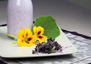 Piękne i naturalne dekoracje talerza