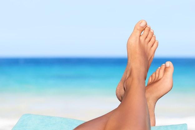 Piękne stopy /123/RF PICSEL