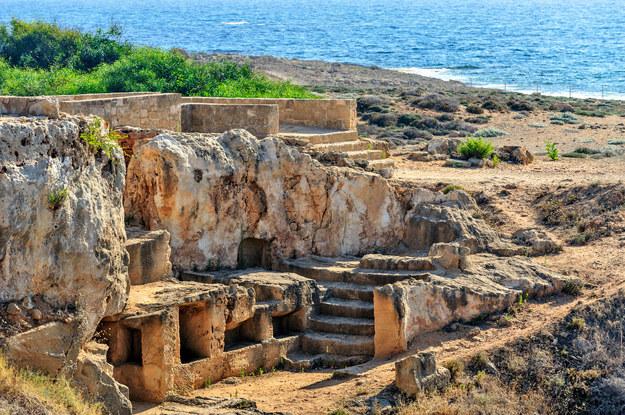 Piękne zabytki, cudowne plaże - oto Cypr /123/RF PICSEL