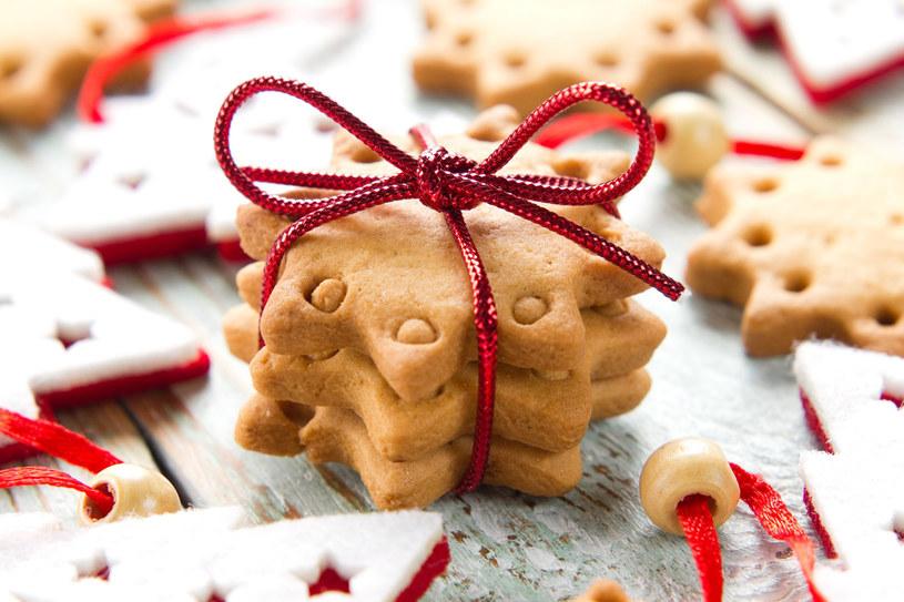 Pięknie udekorowane łakocie będą uroczym, świątecznym upominkiem /©123RF/PICSEL