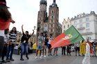 Pielgrzymi opanowali Kraków. Ogniowa próba przed nami