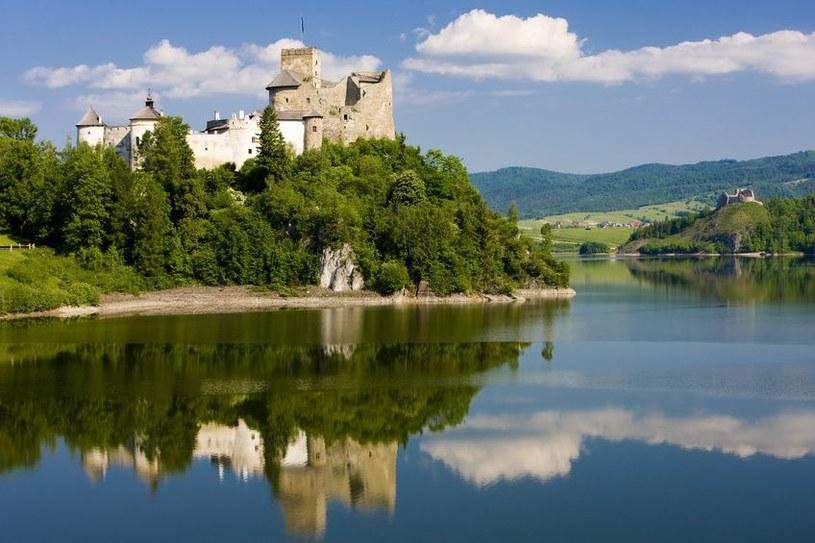 Pieniny - zamek w Niedzicy /123RF/PICSEL