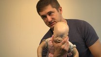 Pierwsza pomoc: Zakrztuszenie i zadławienie u dzieci