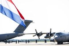 Pierwsze ciała ofiar katastrofy Boeinga 777 są już w Holandii