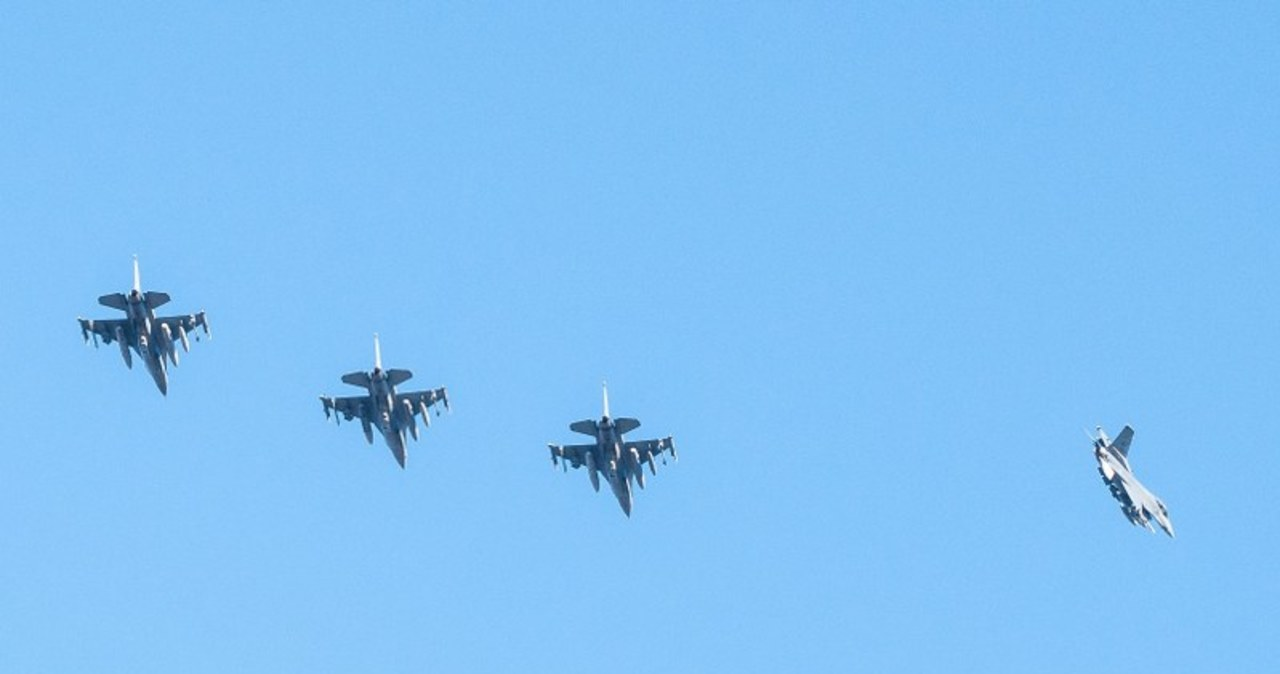 Pierwsze F-16 już w Łasku