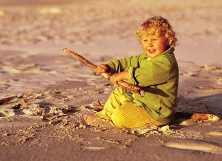 Pierwsze wakacje maluszka to spore wyzwanie dla rodziców. /ThetaXstock