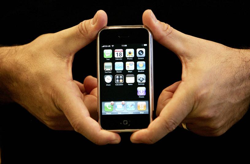 Pierwszy iPhone został zaprezentowany 10 lat temu /AFP