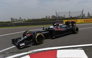 Pierwszy raz po wypadku Alonso wyjechał na tor