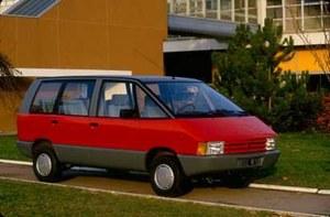 Pierwszy samochód europejski nowej klasy - vanów. Produkcja rozpocząć się ma jeszcze w tym roku. Siedzenie kierowcy znajduje się daleko od przedniej krawędzi nadwozia z korzyścią dla bezpieczeństwa. /Renault