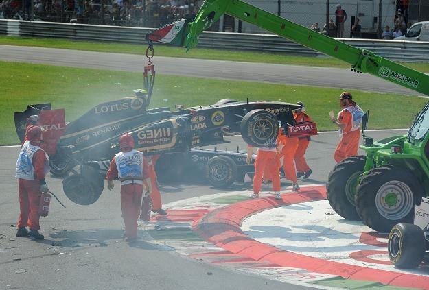 Pietrow dzięki sponsorom ma pewne miejsce w bolidzie /AFP