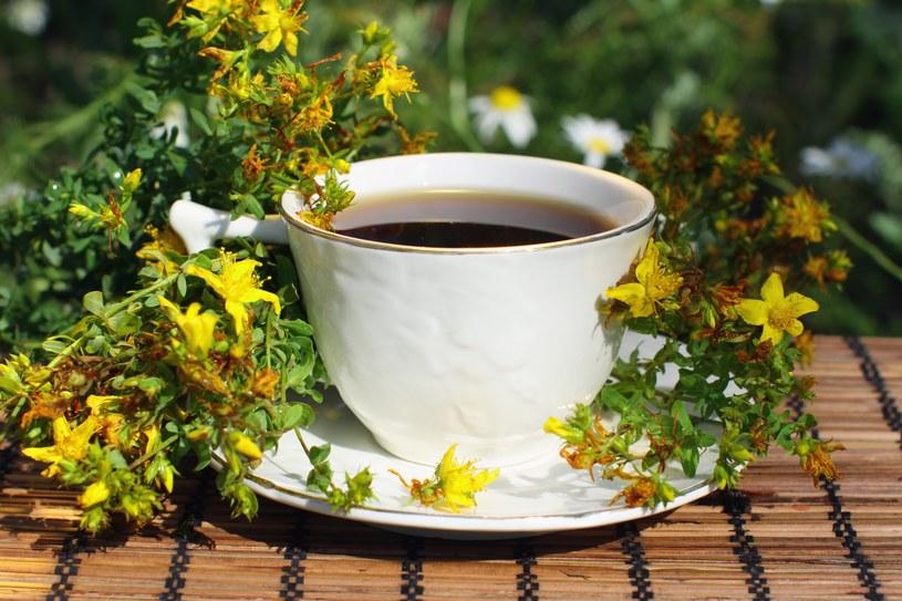 Pij ją codziennie, na godzinę przed każdym posiłkiem. /©123RF/PICSEL