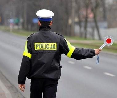 Pijany kierowca 20 kilometrów uciekał przed policją! Film!