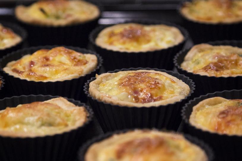Pikantne francuskie muffinki /123RF/PICSEL