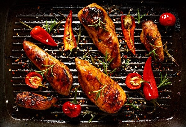 Pikantny kurczak z papryczkami jalapeno /materiały prasowe /materiały prasowe