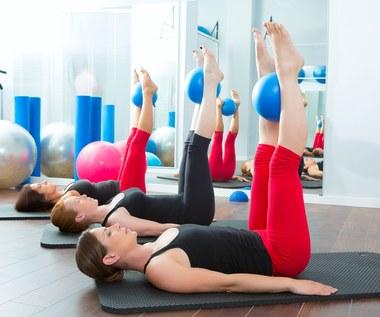 Pilates na płaski brzuch i zgrabne nogi