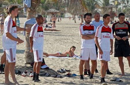 Piłkarze AC Milan trenują w Dubaju