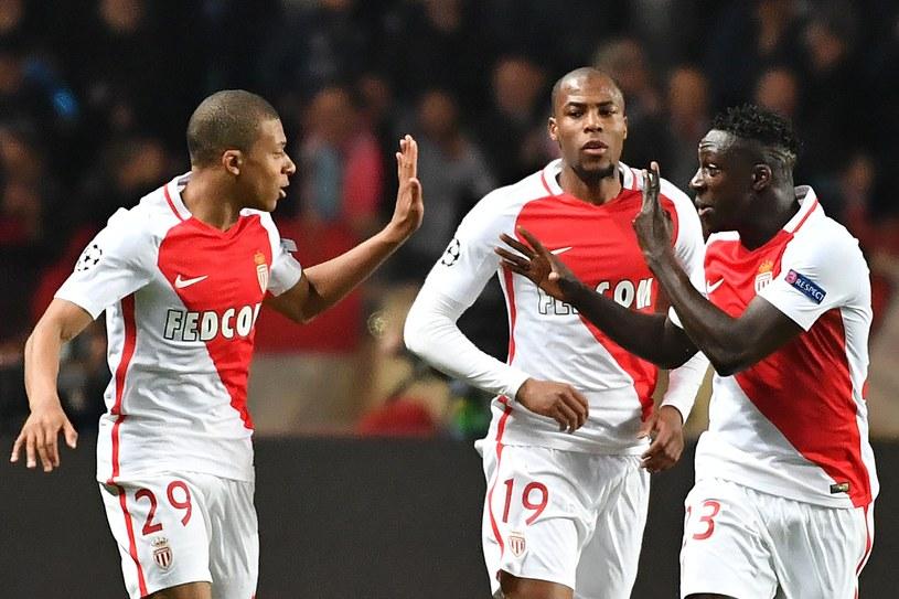 Piłkarze AS Monaco cieszą się po bramce z Manchesterem City /AFP