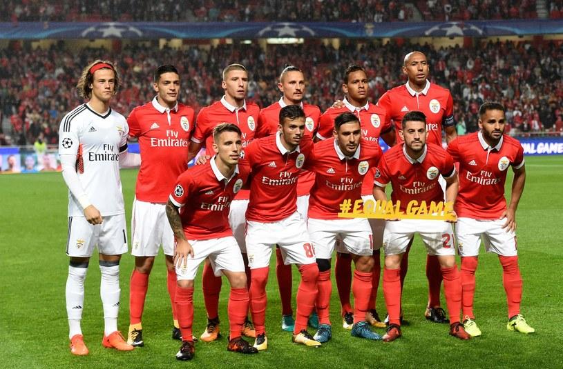 Piłkarze Benfiki przed środowym meczem Ligi Mistrzów z Manchesterem United (0-1) /AFP