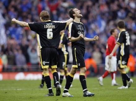 Piłkarze Cardiff celebrują awans do finału /AFP