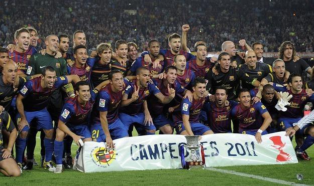 Piłkarze FC Barcelona po wygraniu rewanżowego spotkania o Superpuchar Hiszpanii /AFP