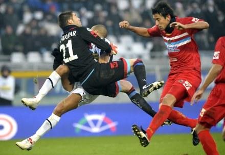 Piłkarze Juve przegrali z Catanią 1:2 /AFP