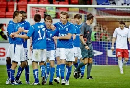 Piłkarze Lecha chcą wyeliminować FC Brugge /AFP