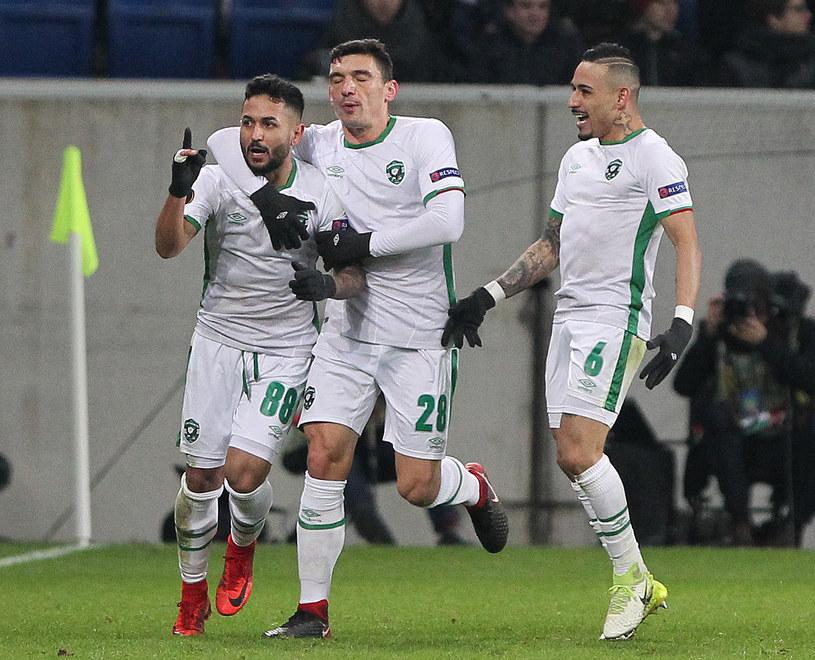 Piłkarze Łudogorca cieszą się ze zdobytej bramki w meczu z Hoffenheim /AFP
