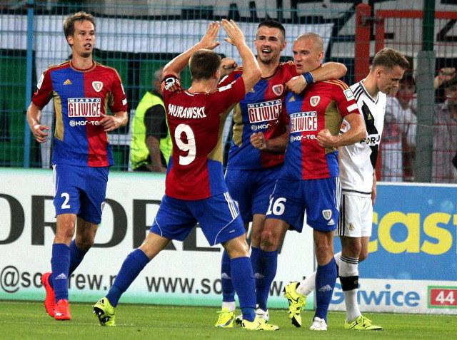 Piłkarze Piasta Gliwice w ostatniej kolejce Ekstraklasy wygrali z Legią /PAP