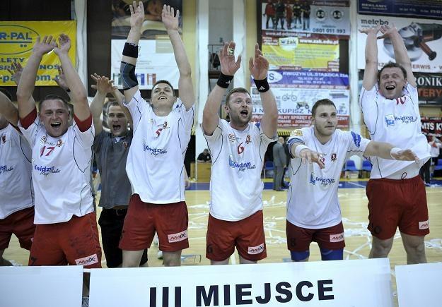 Piłkarze ręczni z Kwidzynia/fot. Adam Warżawa /PAP