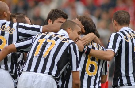 """Pilkarze """"Starej Damy"""" mają teraz łatwiejszą drogę do powrotu do Serie A /AFP"""
