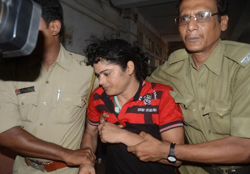 Pinki Pramanik zatrzymywana przez policję /AFP