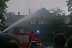Piorun uderzył w dom. Wybuchł pożar