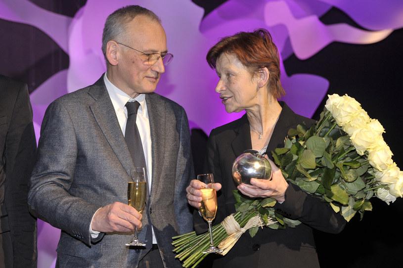 Piotr Cieślak i Jadwiga Jankowska-Cieślak otrzymali w 2012 roku Srebrne Jabłka - nagrodę miesięcznika Pani /AKPA