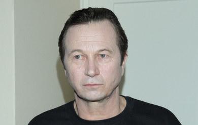 Piotr Cyrwus: Jego żona odpiera zarzuty!