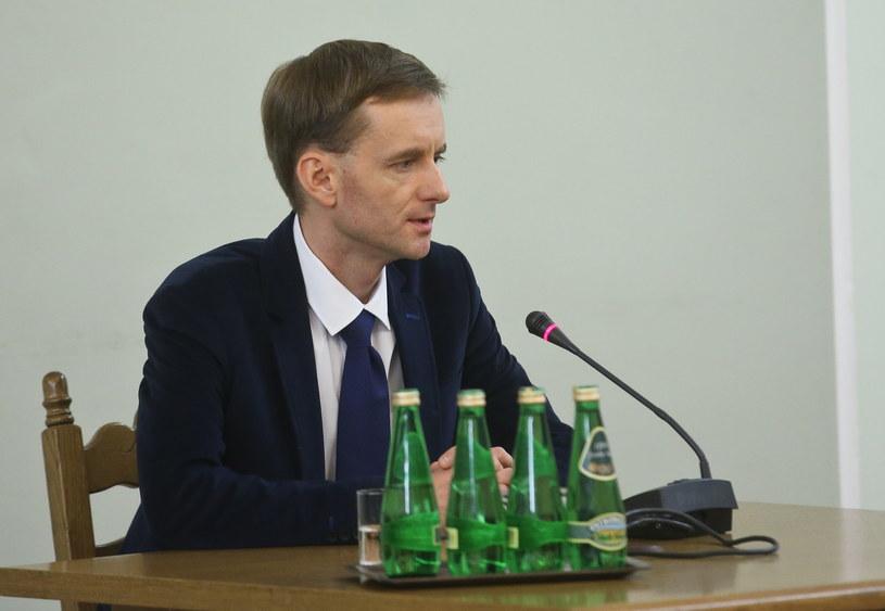 Piotr Gronek podczas przesłuchania przed sejmową komisją śledczą ds. Amber Gold /Rafał Guz /PAP
