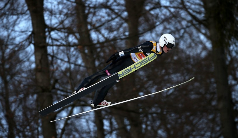 Piotr Żyła oddał w Willingen dwa bardzo dobre skoki w konkursie drużynowym /PAP/EPA