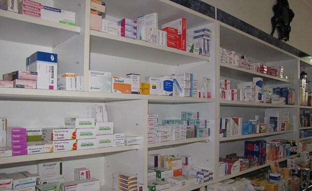 """Piotrowska-Rutkowska: Nazwa """"apteka dla aptekarza"""" jest myląca. Piskorski: Wzrosną ceny leków"""