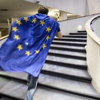 PiS chce zmiany zasad wyborów do PE. Z każdego okręgu co najmniej 3 europosłów