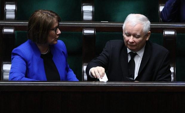 """PiS nie przedstawi nowej wersji ustawy degradacyjnej. """"Czekamy na propozycje prezydenta"""""""
