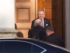 PiS: Prezydencie, powitaj prezesa osobiście!