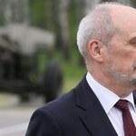 """""""PiS rękoma Macierewicza zniszczył armię"""". Debata o przyszłości szefa MON"""