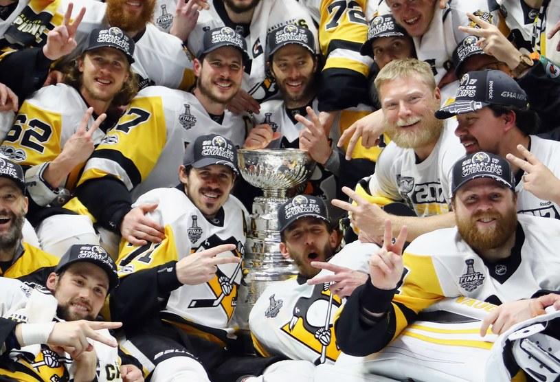 Pittsburgh Penguins obronili mistrzowski tytuł /AFP